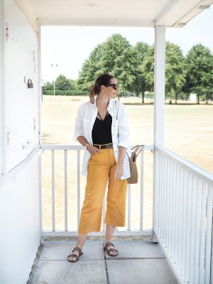 primark linen shirt and mustard jeans outfit