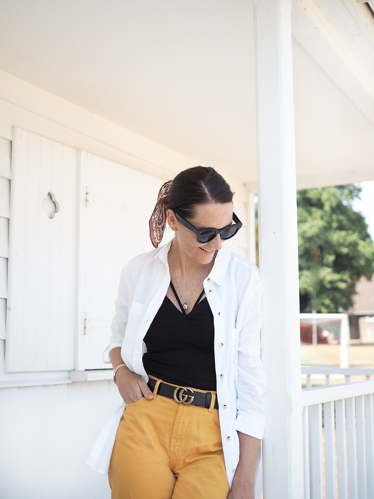primark haul linen shirt and mustard jeans outfit